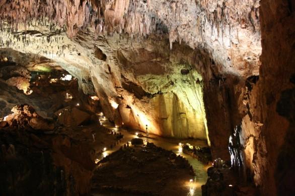 Cueva de Valporquero 01