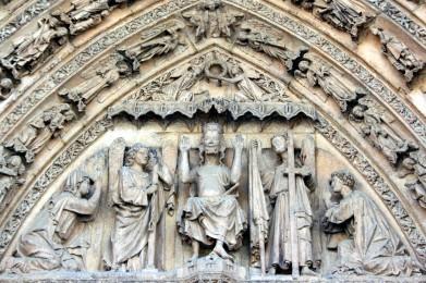 Timpano Catedral de Leon 02