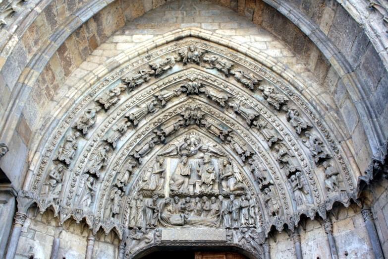 Timpano Catedral de Leon 03