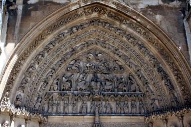 Timpano Catedral de Leon 05