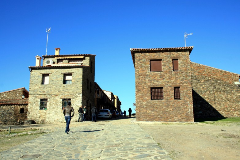 Villareal de San Carlos 01