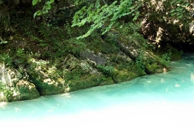 Nacimiento Rio Urederra 12